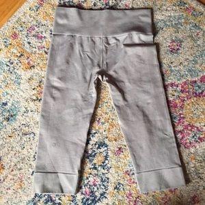 Lululemon crop seamless legging